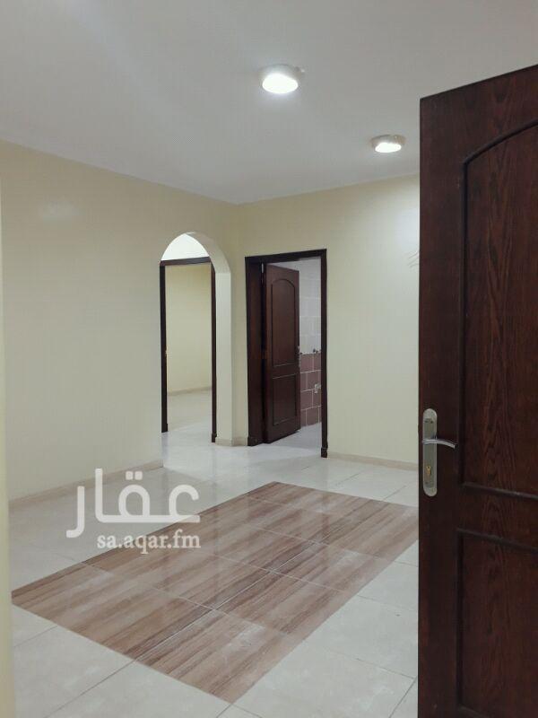 مكتب تجاري للإيجار في شارع عثمان بن عفان ، حي النزهة ، الدمام
