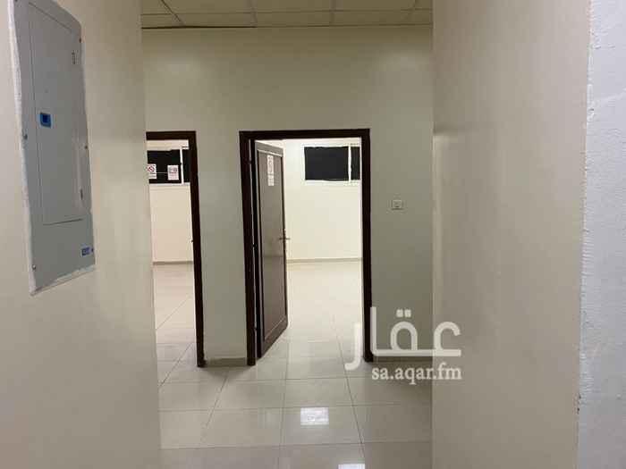 شقة للإيجار في شارع عياد بن حنيف ، حي الملز ، الرياض ، الرياض