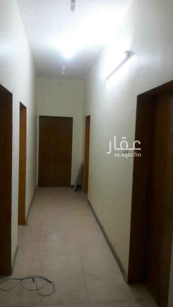 شقة للإيجار في شارع أبو بكر الصديق ، ثربان