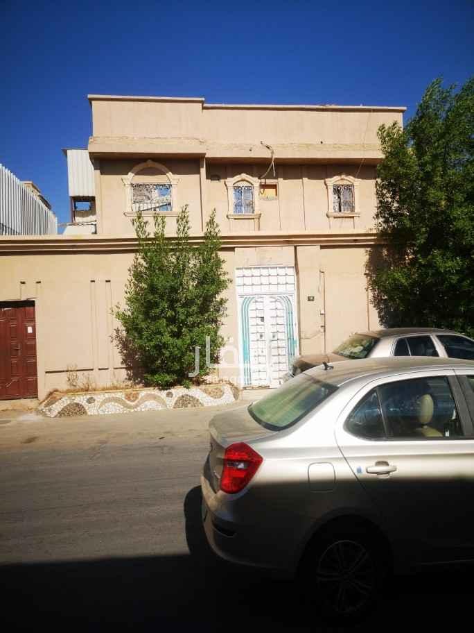 فيلا للبيع في شارع العباس المذكر ، حي ظهرة البديعة ، الرياض ، الرياض