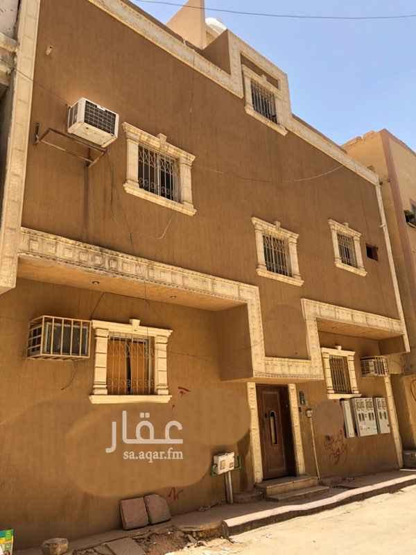 عمارة للبيع في شارع عبدالقادر البغدادي, غبيرة, الرياض