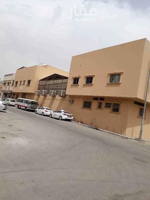 عمارة للإيجار في حي منفوحة الجديدة ، الرياض
