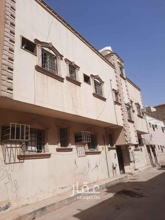 عمارة للإيجار في شارع عبدالجليل بن عبدالواسع ، حي منفوحة الجديدة ، الرياض ، الرياض
