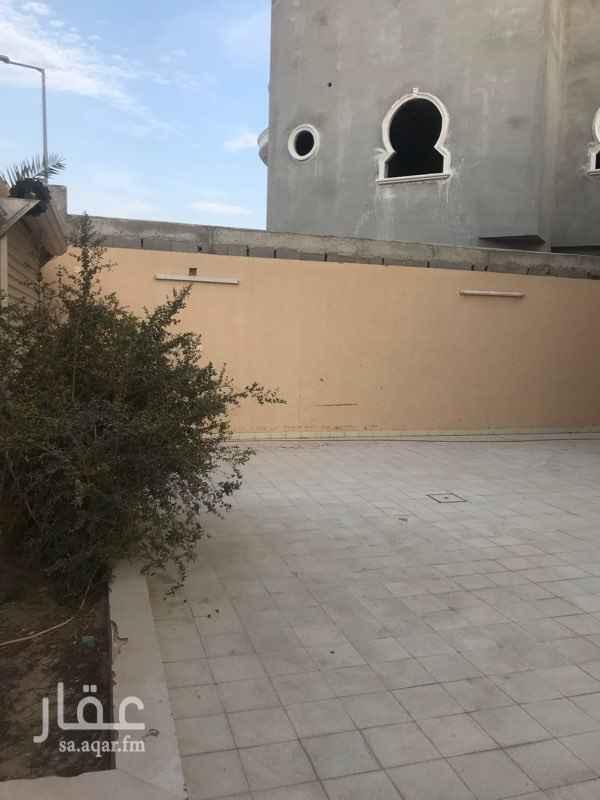 دور للإيجار في شارع الفريش ، حي عرقة ، الرياض