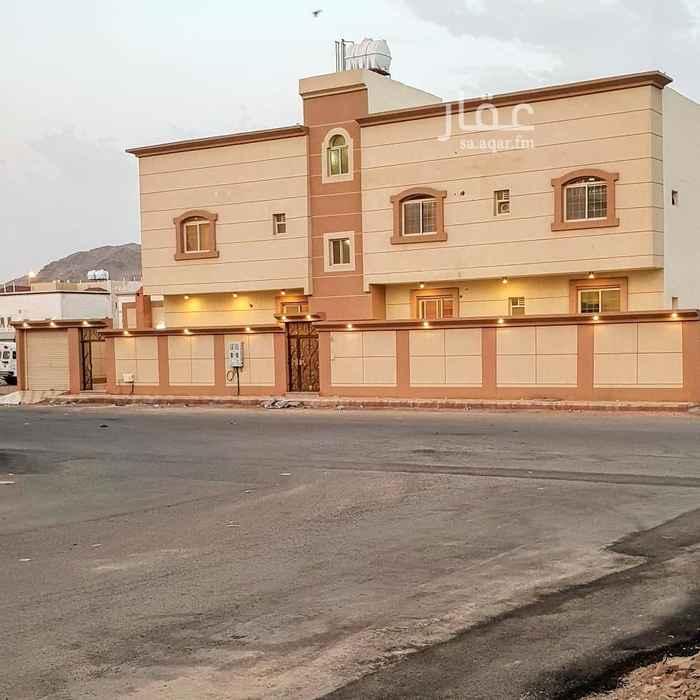 عمارة للبيع في شارع سعيد بن عثمان القرشي ، حي المطار ، المدينة المنورة