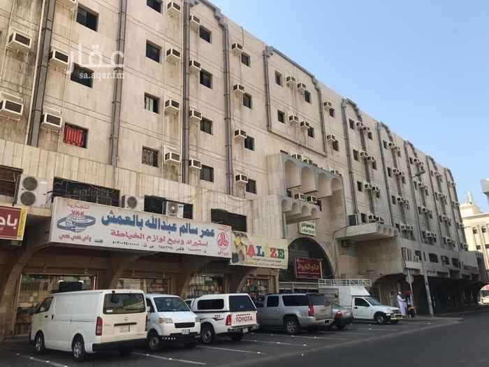 عمارة للبيع في شارع الحسن البالسي ، حي الهنداوية ، جدة ، جدة