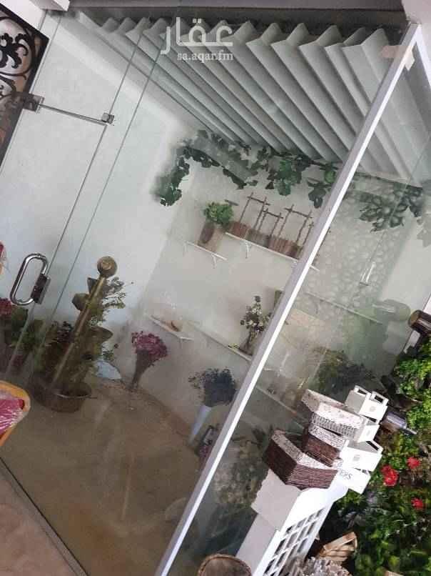 محل للبيع في شارع المهندس مساعد العنقري ، حي العليا ، الرياض