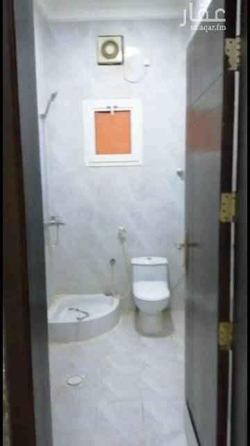 شقة للإيجار في شارع الأمير بندر بن عبدالعزيز ، جازان