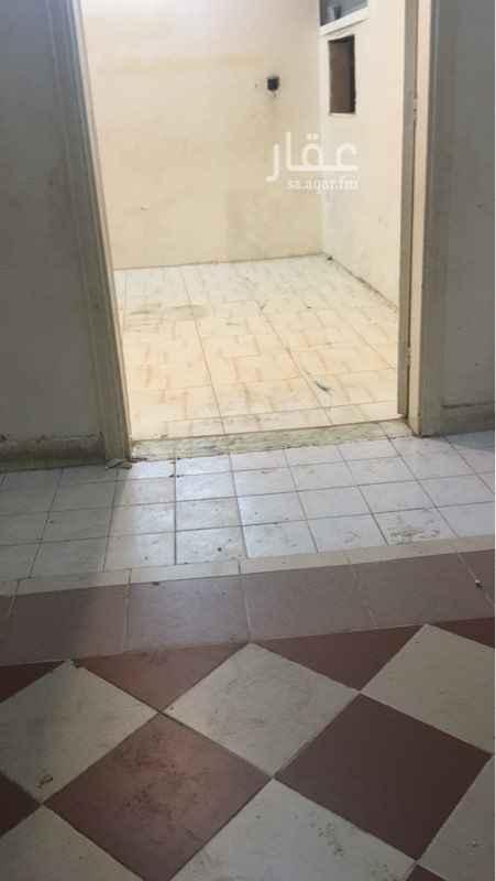 شقة للإيجار في شارع مسلم بن عبدالرحمن ، حي عتيقة ، الرياض