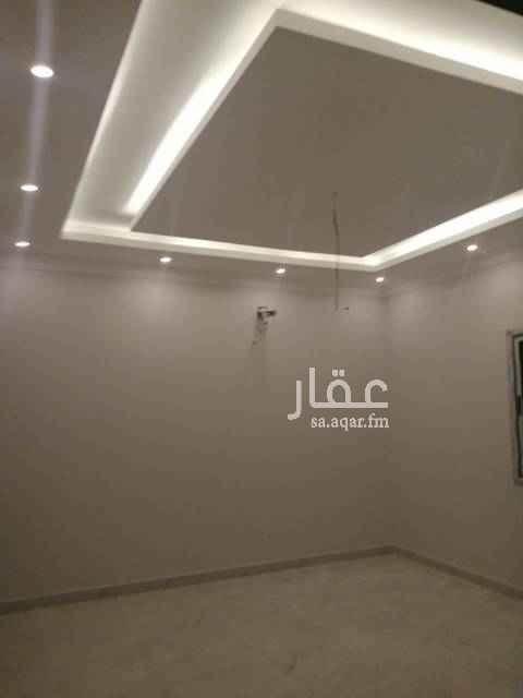 بيت للإيجار في حي الصواري ، الخبر