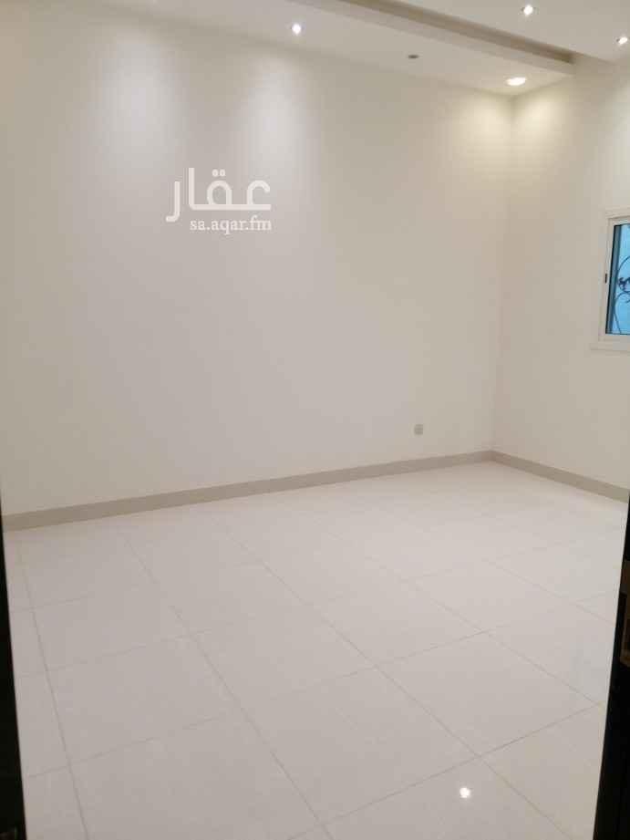 دور للإيجار في شارع القرارة ، حي الندى ، الرياض