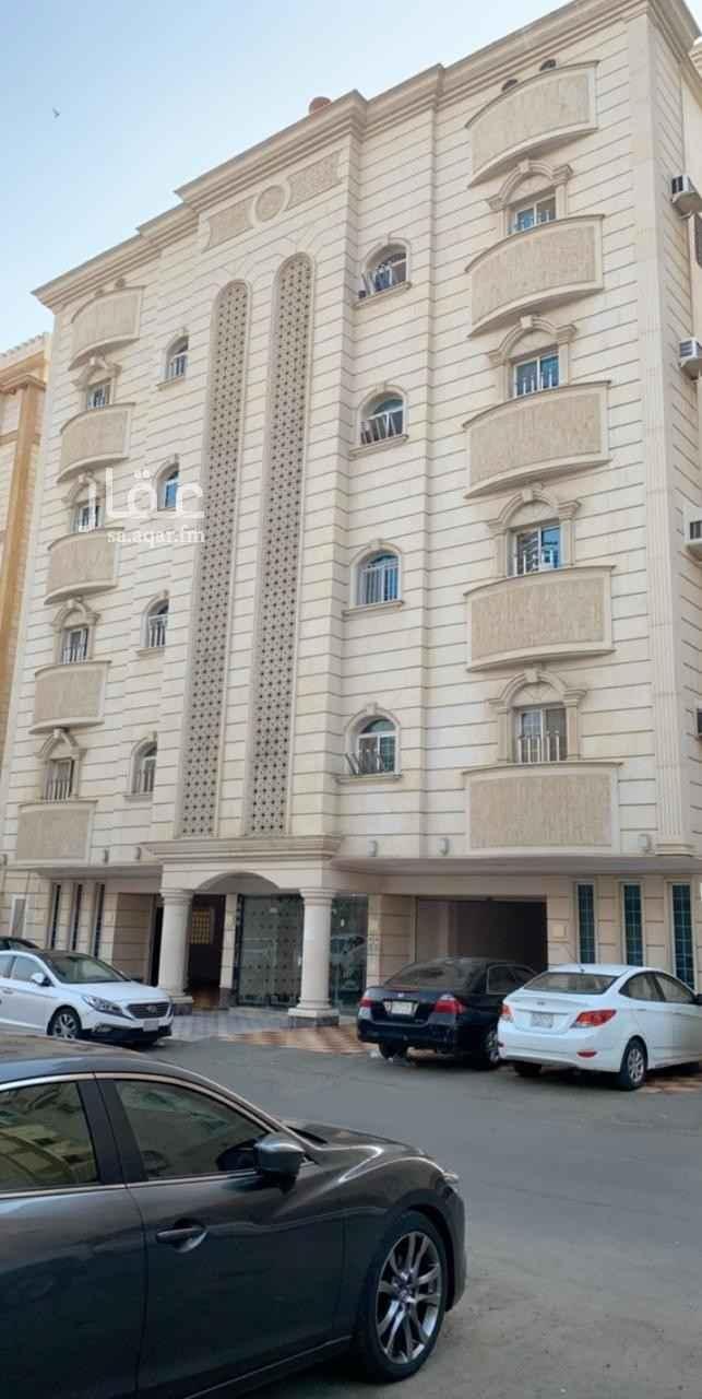 عمارة للبيع في حي الوزيرية ، جدة ، جدة
