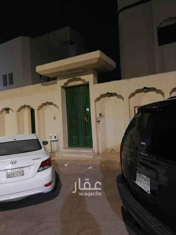 دور للإيجار في شارع عبدالحميد الباهلي ، حي الشفا ، الرياض