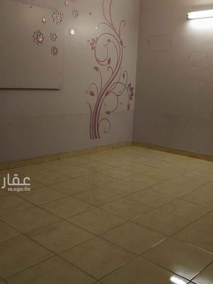 دور للإيجار في شارع ابي المظفر العدل ، حي الشفا ، الرياض ، الرياض
