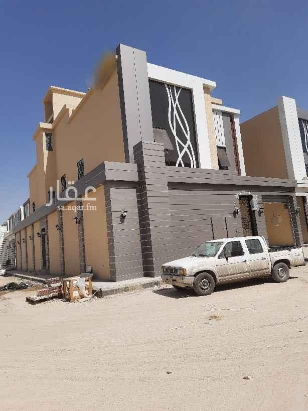 فيلا للبيع في شارع عمر الكندي ، حي الحزم ، الرياض