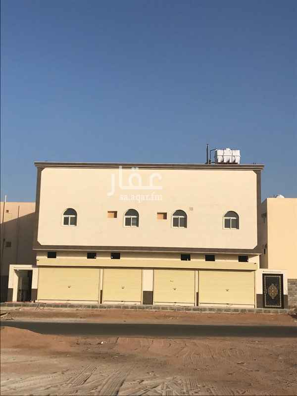 محل للإيجار في شارع عكرمة بن عبيد الخولاني ، حي العزيزية ، المدينة المنورة