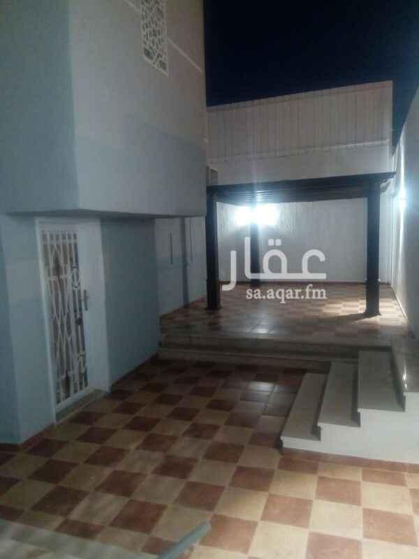 فيلا للإيجار في شارع خريص ، حي النفل ، الرياض