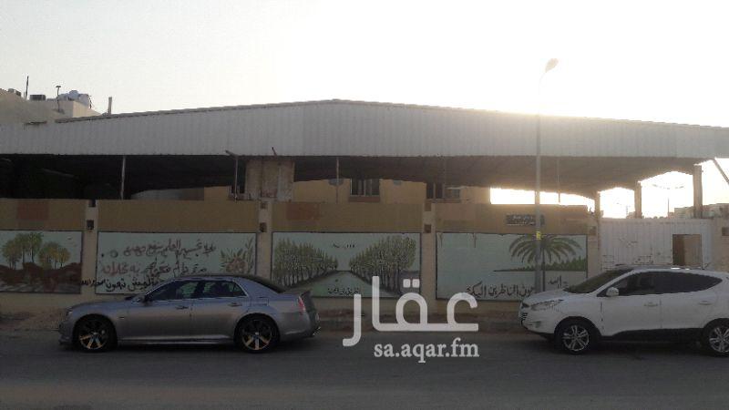فيلا للإيجار في شارع المصانع ، حي الحمراء ، الرياض