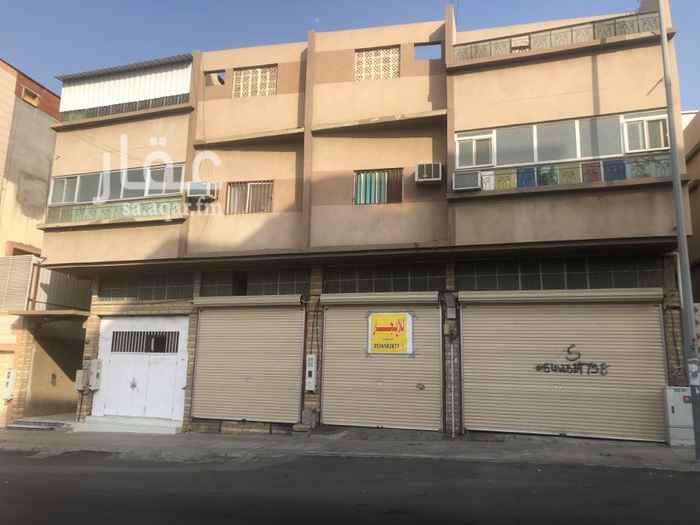 محل للإيجار في شارع الانصار ، حي الشهداء الجنوبية ، الطائف