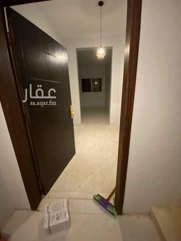 دور للإيجار في شارع برهان الدين العرابي ، حي المغرزات ، الرياض ، الرياض
