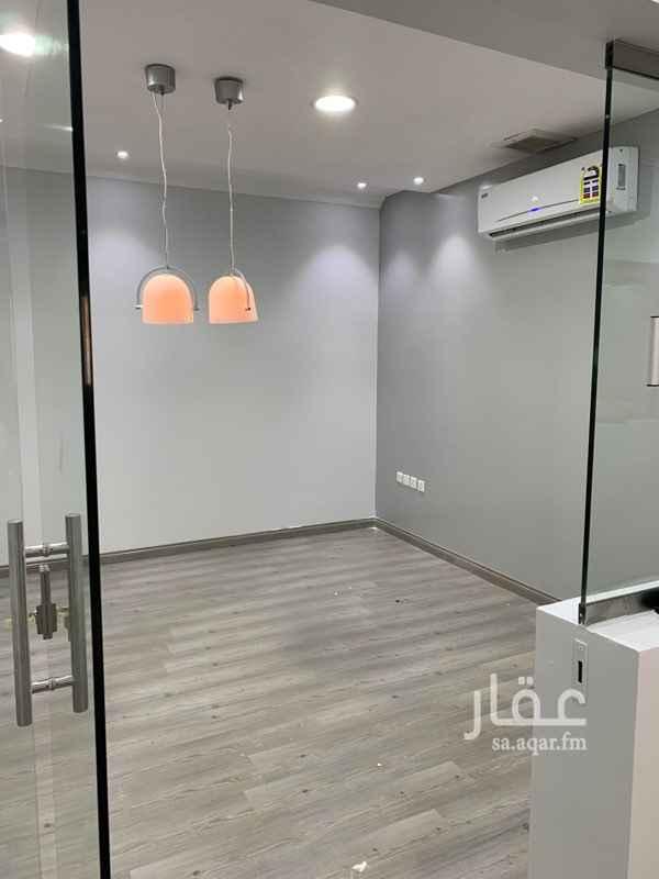 مكتب تجاري للإيجار في طريق الأمير سعد بن عبدالرحمن الأول ، حي الروابي ، الرياض ، الرياض