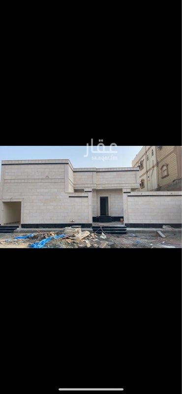 دور للبيع في شارع عبد الله آل خربوش ، حي القرينية ، جدة ، جدة