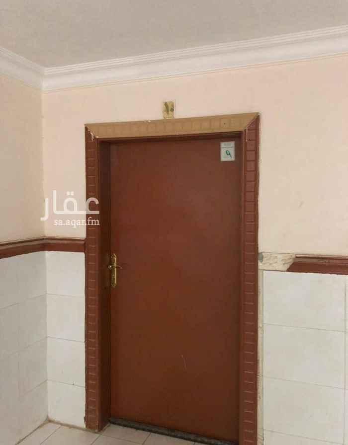 شقة للإيجار في شارع الشيخ عبدالله بن محمد ، حي سلطانة ، الرياض