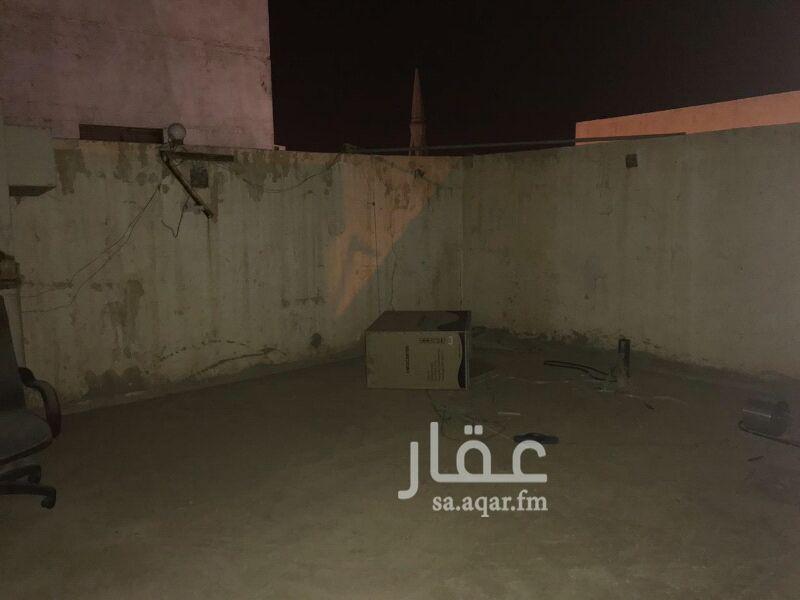 عمارة للبيع في شارع ابي زكريا بن العوام ، حي عتيقة ، الرياض