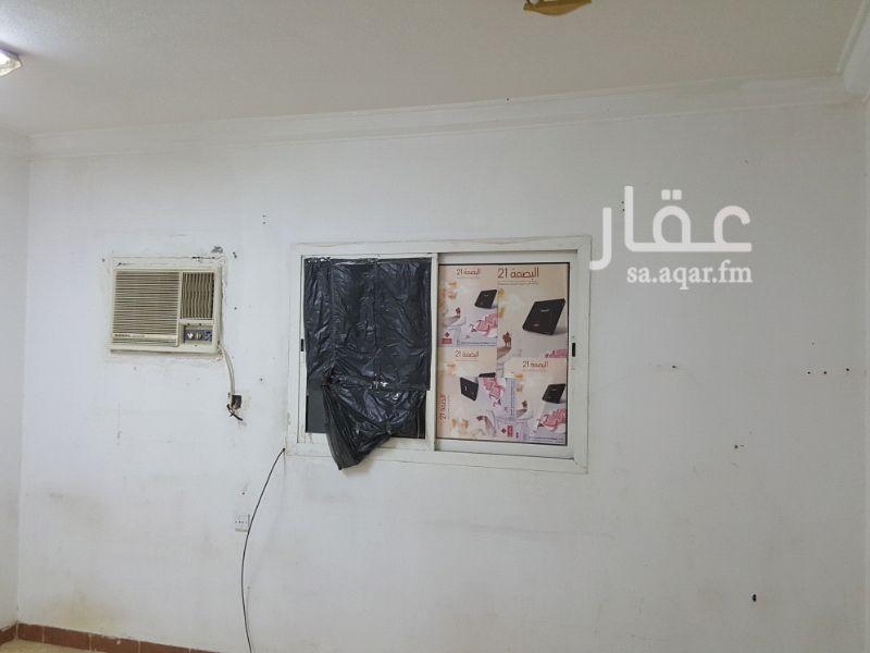 غرفة للإيجار في شارع ابن سينا ، حي المروج ، الرياض