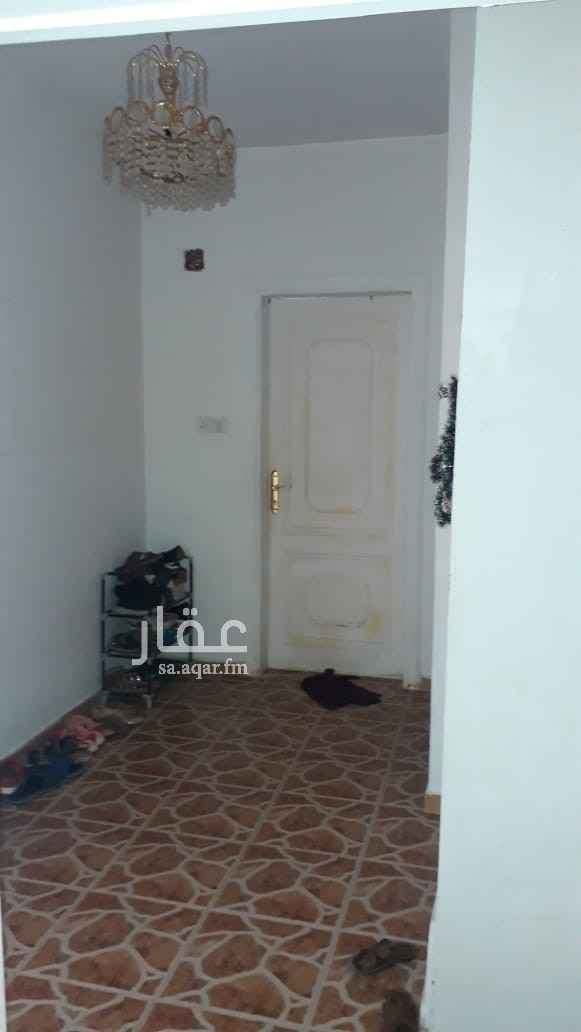 فيلا للبيع في شارع عاصم بن الضرب ، حي المصيف ، الرياض ، الرياض