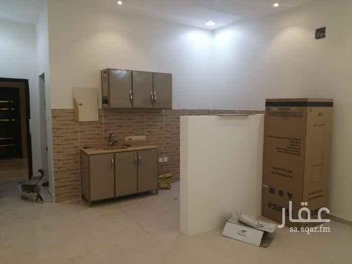 شقة للإيجار في شارع عبدالله بن عمير ، الرياض