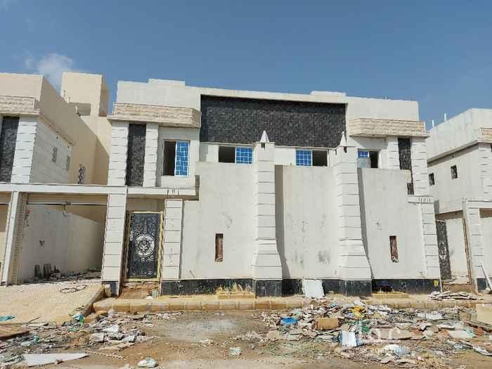 فيلا للبيع في شارع احمد بن الخطاب ، حي طويق ، الرياض