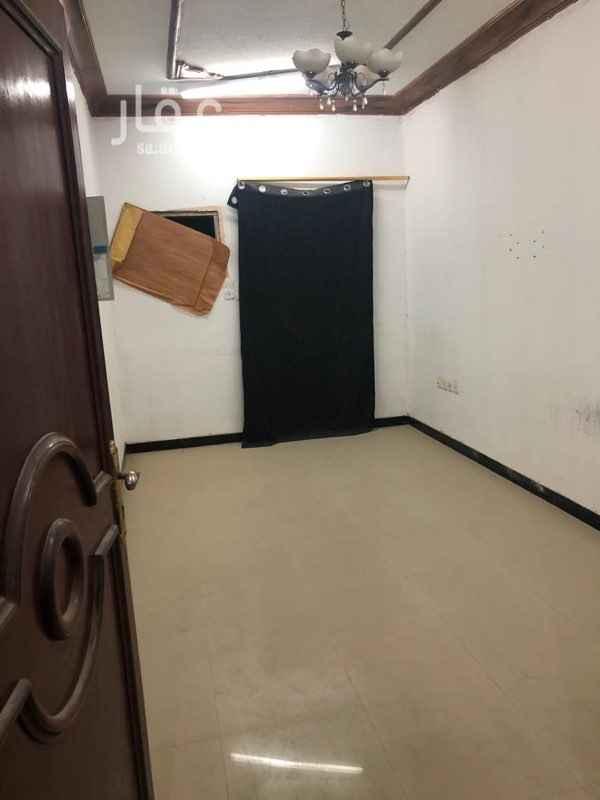 شقة للإيجار في شارع السابع والعشرون ، حي الخبر الجنوبية ، الخبر