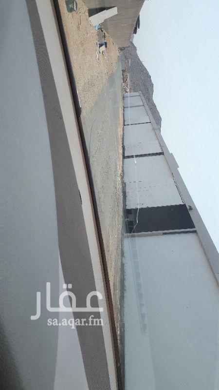 مستودع للإيجار في شارع جبل معبر ، حي الاجواد ، جدة