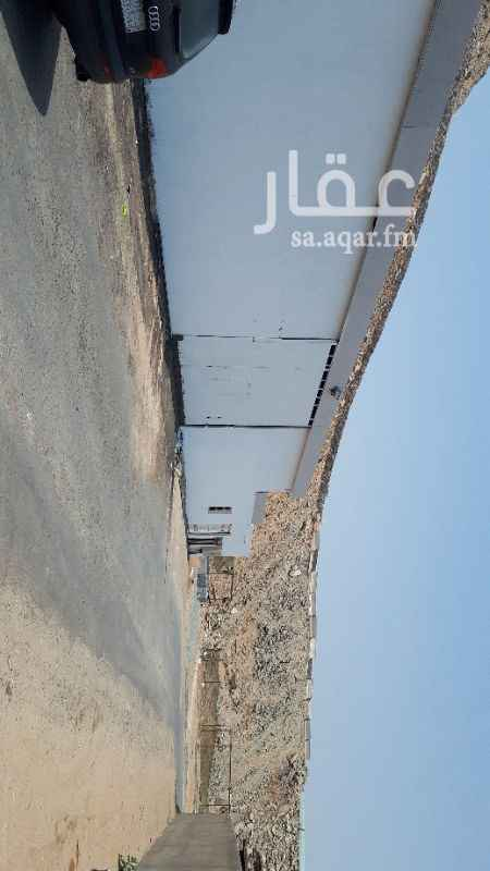 مستودع للإيجار في شارع عبدالله بن دهيش ، حي السامر ، جدة