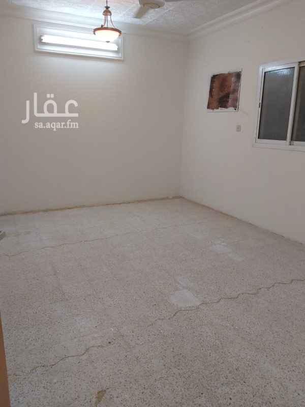 دور للإيجار في شارع عكا ، حي ظهرة لبن ، الرياض