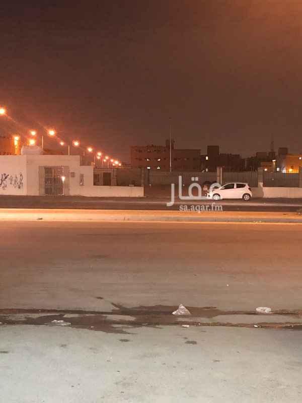 أرض للإيجار في شارع نهاوند ، حي ظهرة لبن ، الرياض ، الرياض