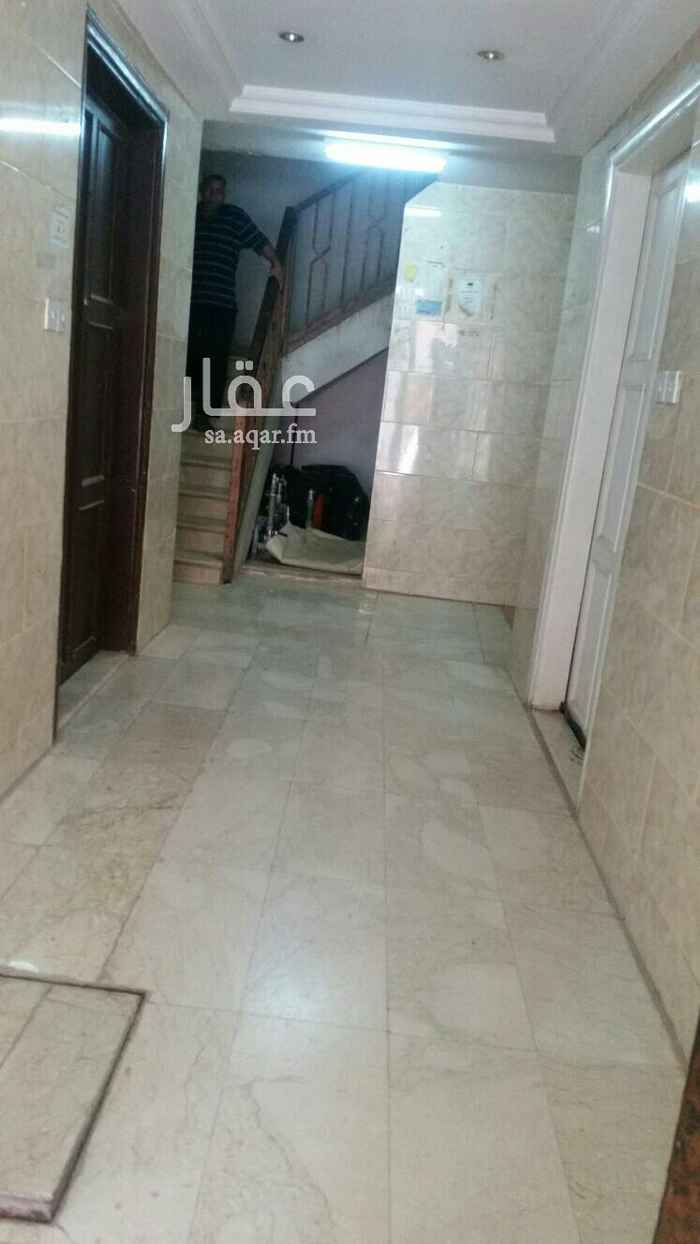 شقة للإيجار في شارع المنذر بن سلوى ، حي الملز ، الرياض