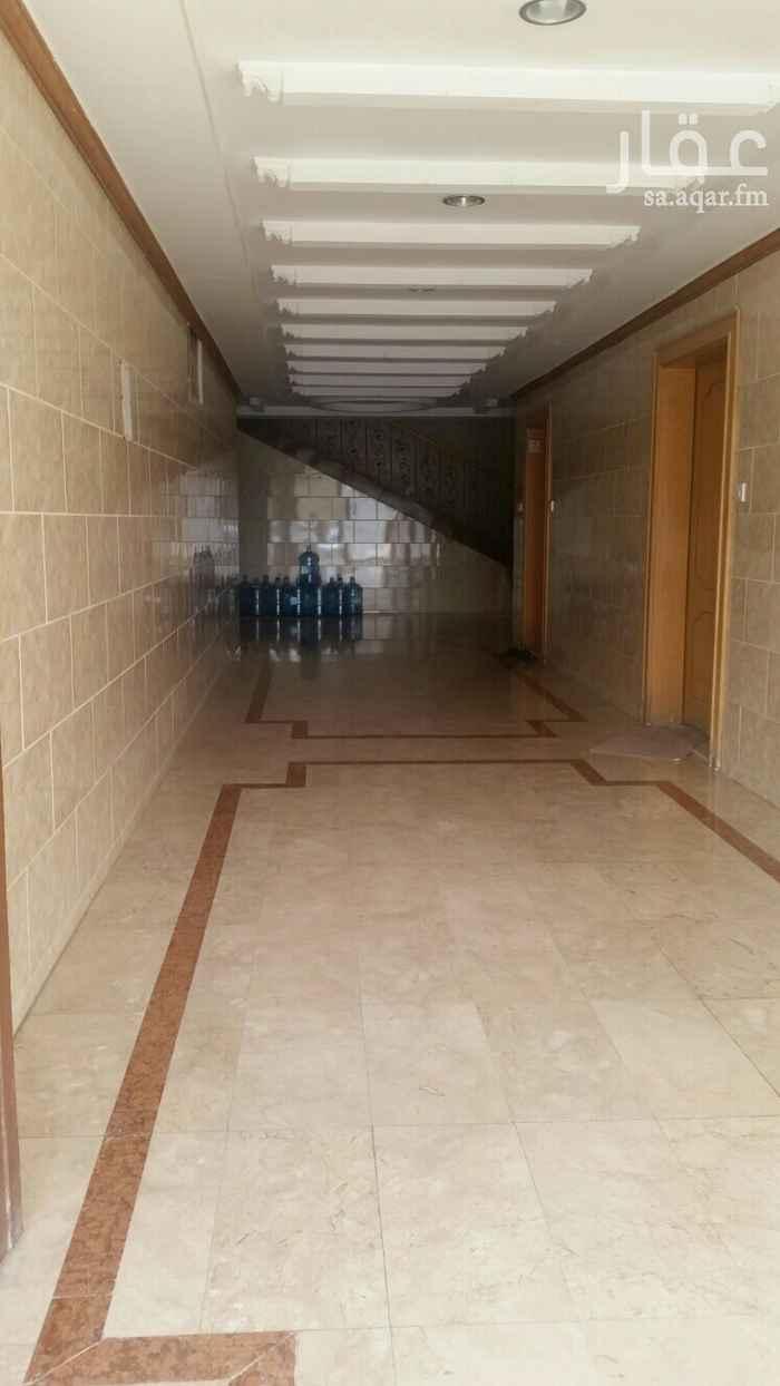شقة للإيجار في شارع الجامع الأزهر ، حي المرسلات ، الرياض ، الرياض