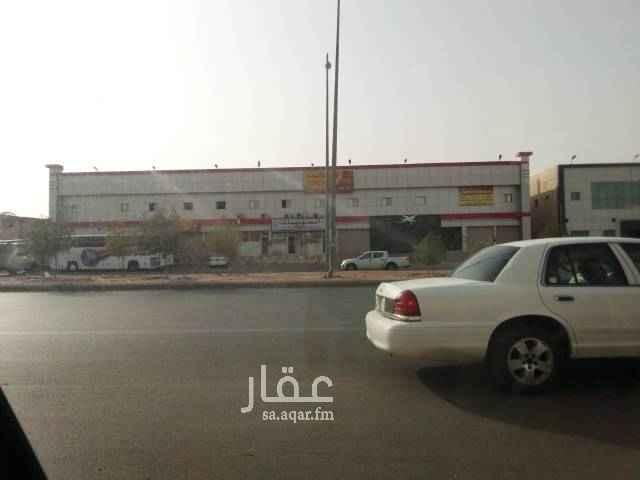 عمارة للإيجار في شارع جاكرتا ، حي السلي ، الرياض
