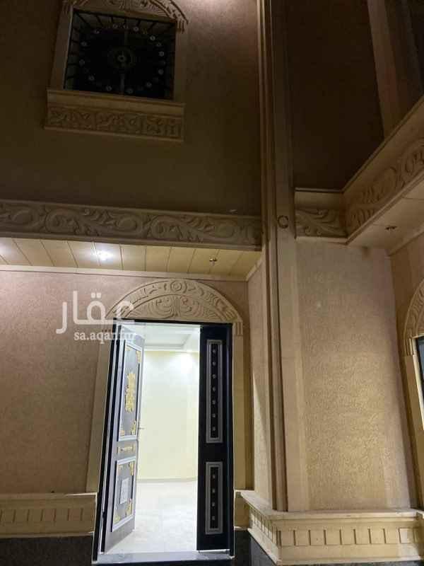 فيلا للإيجار في شارع احمد بن الخطاب ، الرياض ، الرياض