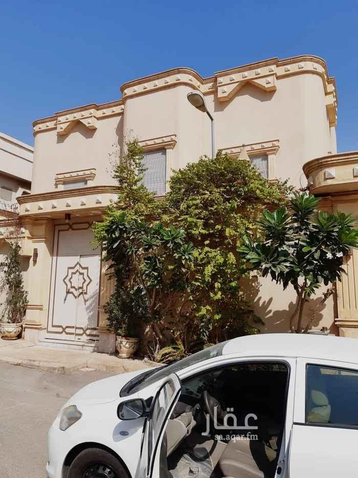 فيلا للبيع في شارع الامير سعود بن محمد بن سعود ، حي الملك فهد ، الرياض