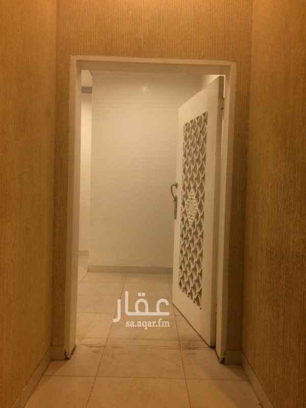 فيلا للإيجار في حي ظهرة لبن ، الرياض