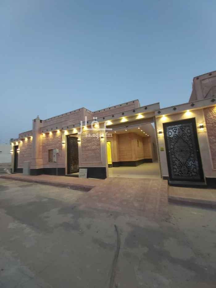 فيلا للبيع في شارع رقم 124 ، حي ظهرة لبن ، الرياض ، الرياض
