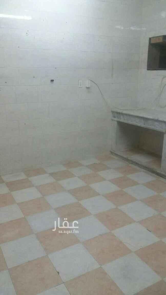 شقة للإيجار في شارع الرحمانية ، حي الإتصالات ، الدمام ، الدمام