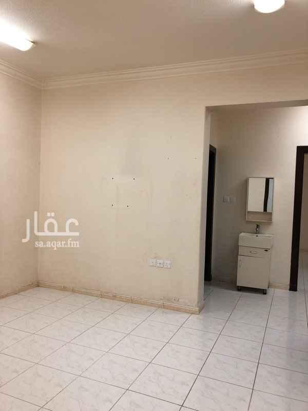 شقة للإيجار في شارع صالح القاضي ، الرس ، الرس