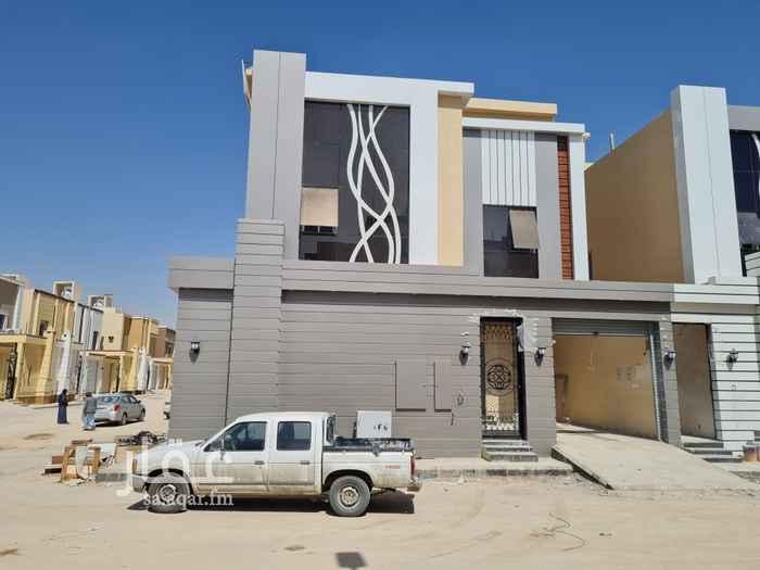فيلا للبيع في شارع علوي صالح ، حي ديراب ، الرياض