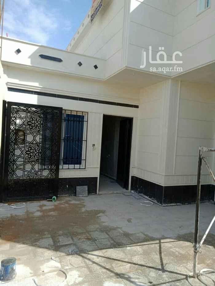 بيت للبيع في حي ظهرة لبن ، الرياض