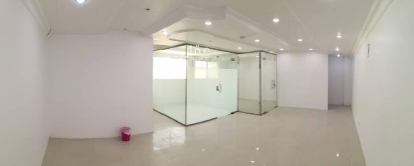 مكتب تجاري للإيجار في طريق مكة المكرمة ، حي السليمانية ، الرياض