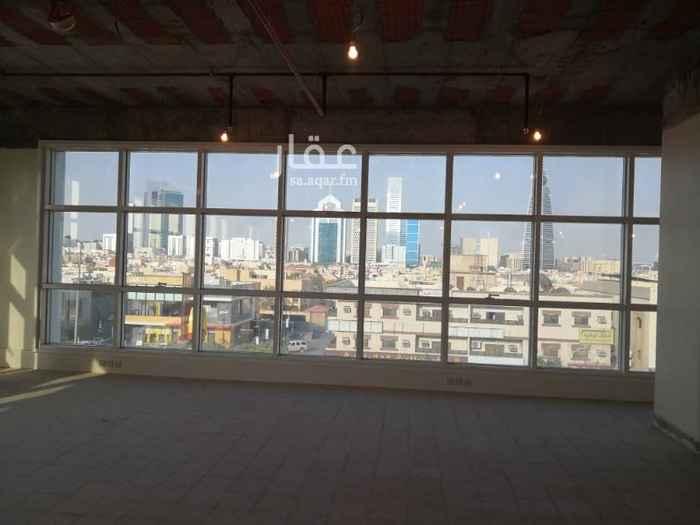 مكتب تجاري للإيجار في شارع التخصصي ، حي السليمانية ، الرياض